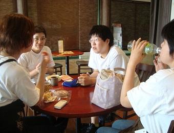 なないろカフェ活動03